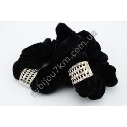 Резинка для волос черная с пряжкой в стразах