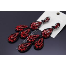 Серьги длинные в черном металле с красными стразами