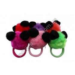 Резинка с цветным мехом Панда