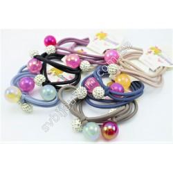 Резинка для волос с цветными шариками